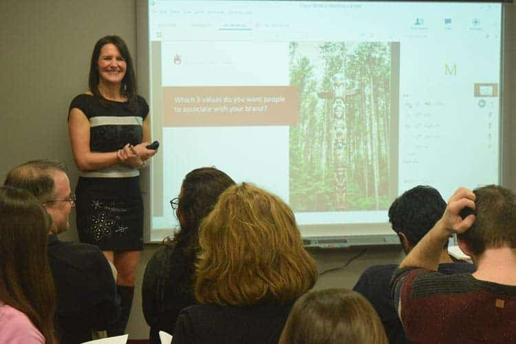 Melissa Presenting In Montreal Companies.